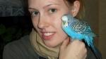 Wellensittich männlich mit junger Frau 2007